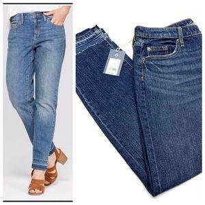 ❤️ Universal Thread Mid Rise Raw Hem Jeans NWT